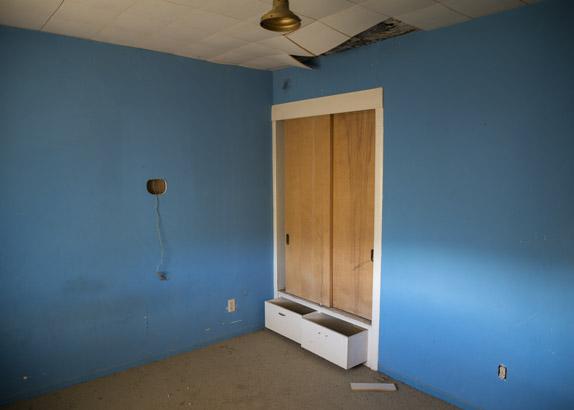 Parcel 084-171-013 Blue Room, 2015